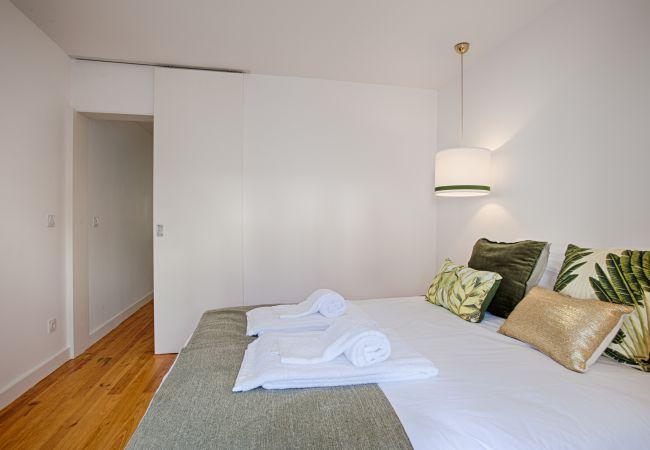 Apartamento em Lisboa - Lisbon Garden Inner Bairro Alto (C63)
