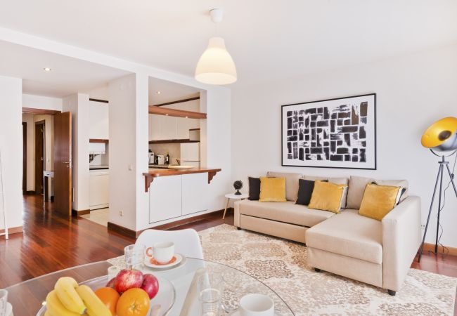 Apartamento em Lisboa - Central Garage Apartment (C81)