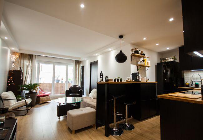 Appartement à Paris ville - 3 Pièces Moderne - 17ème