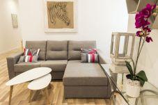 Apartment in Madrid - M (PRE2A) Apto. de diseño Puerta...
