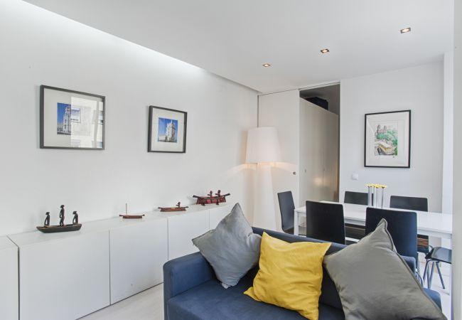 Apartment in Lisbon - Campo de Ourique White Apartment (C39)
