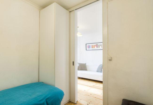 Apartment in Lisbon - Castelo Stylish Flat (C24)