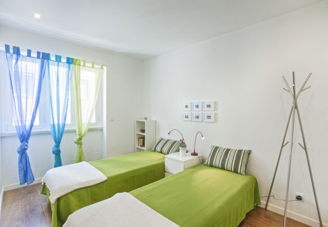 Apartment in Lisbon - Príncipe Real Cosy Apartment (C25)