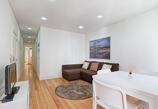 Apartment in Lisbon - Príncipe Real Terrace Apartment (C43)