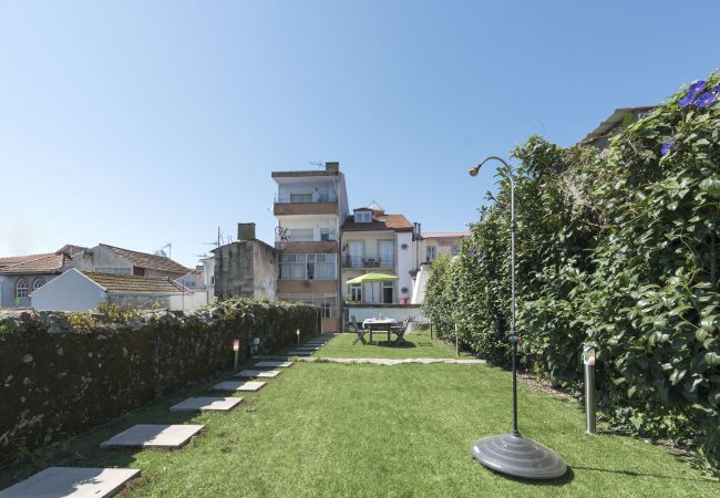 Apartment in Porto - Almada Garden Apartment (N14)
