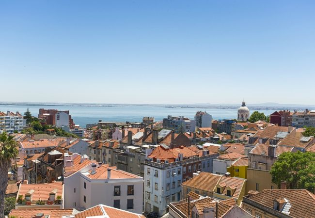 Apartment in Lisbon - Graça River View Apartment I (C54)