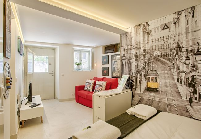 Studio in Lisbon - Alfama Boutique Apartment (C44)
