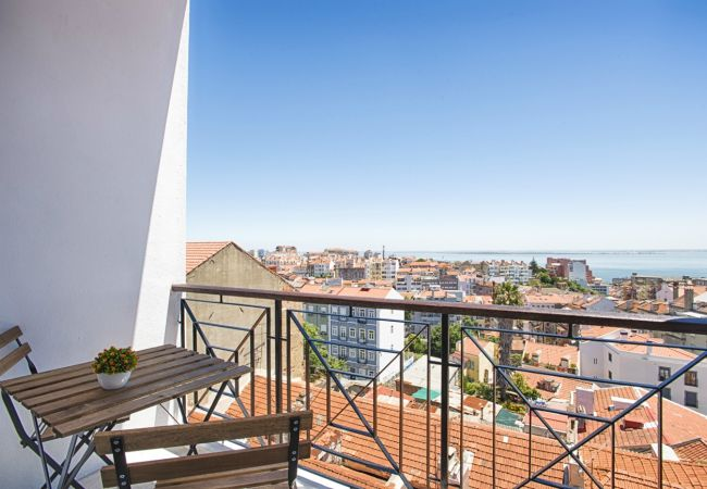Apartment in Lisbon - Graça River View Apartment II (C55)