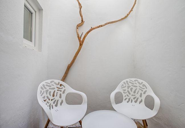 Studio in Lisbon - Lisbon Hills Inner Bairro Alto (C60)