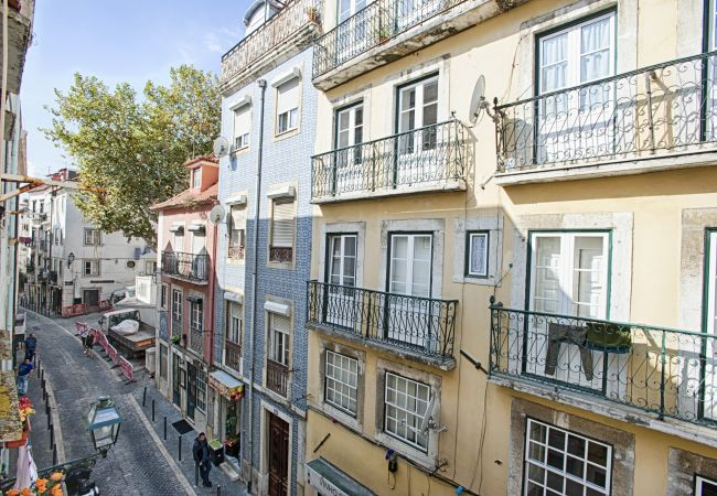 Apartment in Lisbon - Alfama Typical Apartment (C58)
