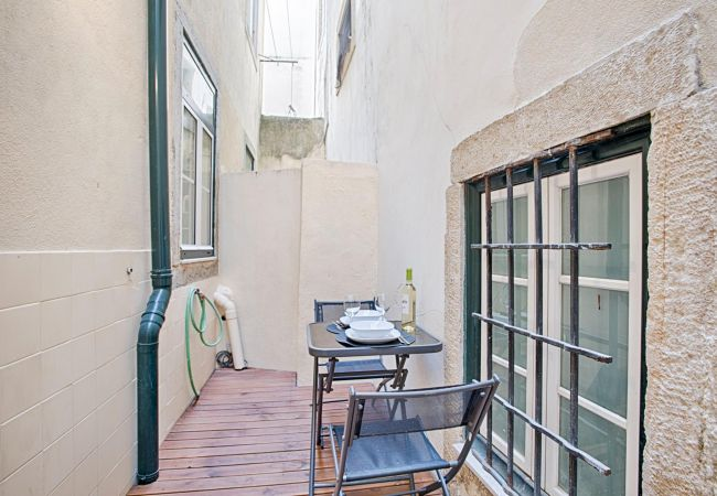 Apartment in Lisbon - Alfama Terrace Apartment (C71)