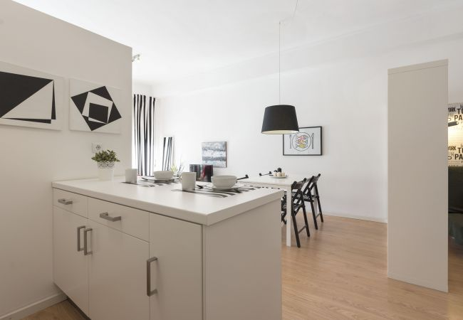 Apartment in Oporto - Santa Catarina's Loft (N01)