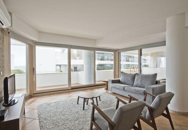 Apartment in Sesimbra - California Beach Apartment (C82)