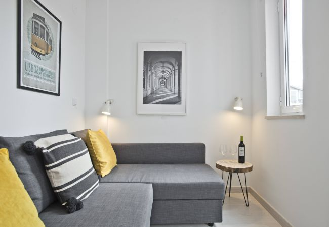Apartment in Lisbon - Bica River View III (C88)