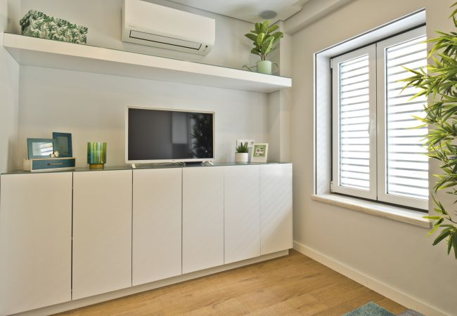 Studio in Lisbon - BmyGuest Bruno's 36 Exclusive Apartment I (C96)