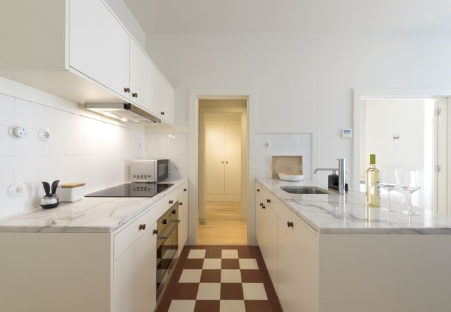 Apartment in Porto - Oporto Flores Plaza Terrace (N70)