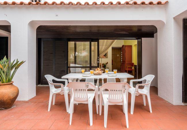 Villa in Albufeira - Falésia Beach Villa (S30)